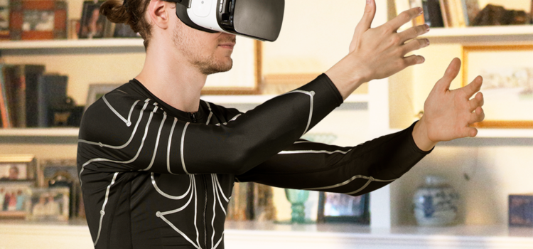 E-skin camera-free gesture tracking shirt provides you immersive AR / VR / MR experience