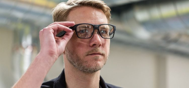 The result of going all in – Intel's new smart glasses VAUNT
